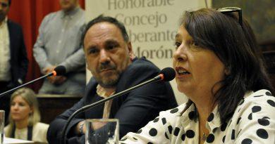 MARÍA LUJÁN REY PRESENTÓ SU LIBRO EN EL HCD DE MORÓN