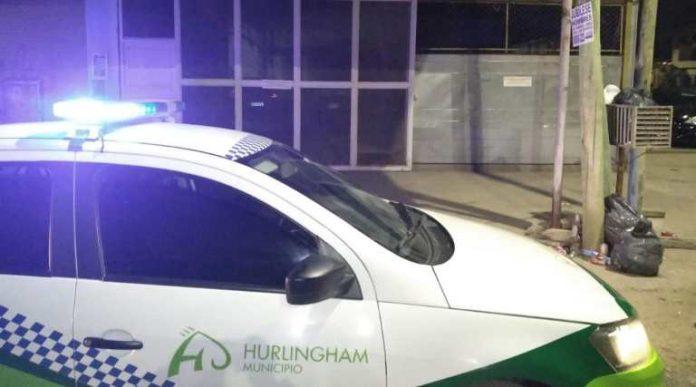 HURLINGHAM: HICIERON UNA CLANDESTINA EN UN LAVADERO DE AUTOS
