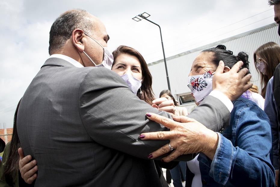 MORENO: MARIEL FERNÁNDEZ, MANZUR Y ZABALETA PRESENTARON UN PROGRAMA DE MEJORAMIENTO DE VIVIENDAS POPULARES